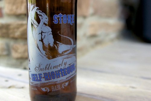 DSC03580 REVIEW: Stone Sublimely Self Righteous Ale